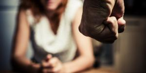 Tipos de violencia de género, definición y sus características