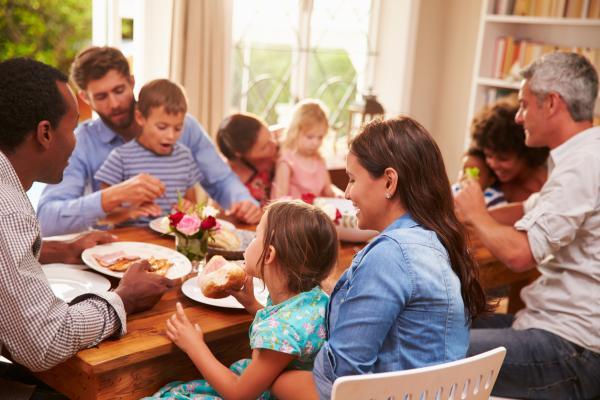 9 tipos de familia que existen y sus características - 2. Familia extensa