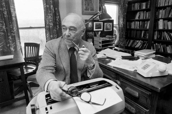 Jerome Bruner: biografía y teoría del aprendizaje por descubrimiento