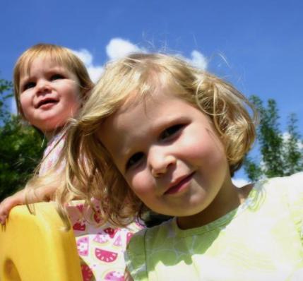 Trastorno reactivo de vinculación de la infancia
