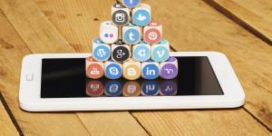 Adicción a las redes sociales: causas, consecuencias y soluciones