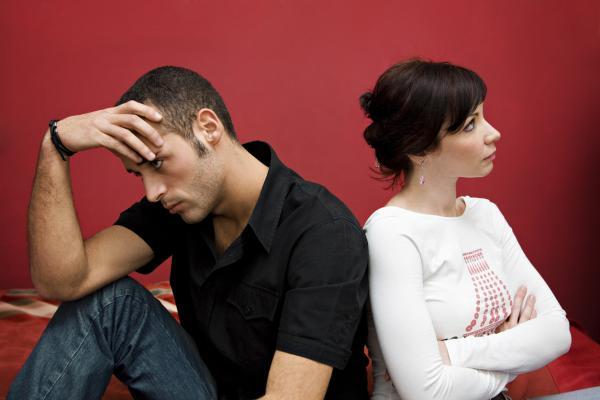Cómo superar la desconfianza en la pareja - Por qué desconfías de tu pareja