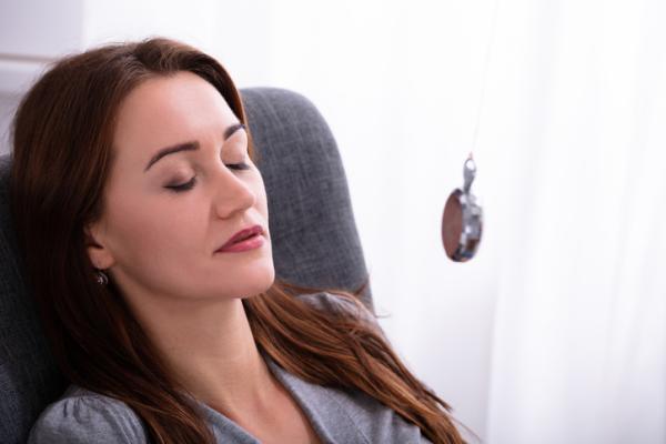 ¿Qué es la hipnoterapia y para qué sirve?