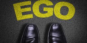 Egoísmo positivo y negativo: definición y ejemplos