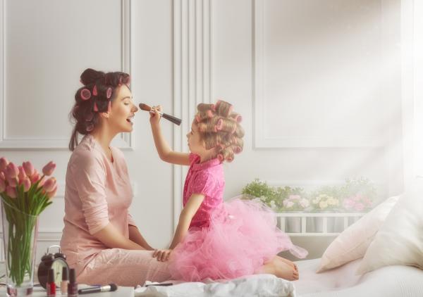 Los roles de los padres - Los padres educan a través del contacto