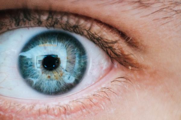 Cómo afecta el estrés a los ojos - Cómo tratar la astenopia o estrés ocular