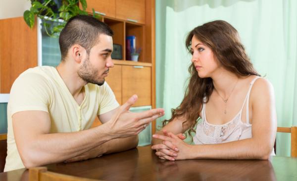 Cómo descubrir una infidelidad - Qué hacer para descubrir una infidelidad