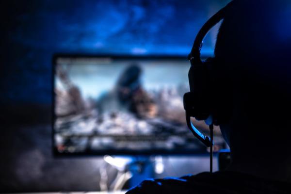 Adicción a la tecnología: qué es, causas, síntomas, consecuencias y tratamiento - Adicción a los videojuegos