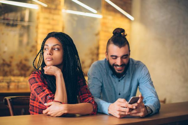 Cómo saber si tu pareja te miente