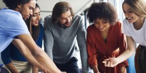 Entrevistas de trabajo en grupo: ejemplos y dinámicas