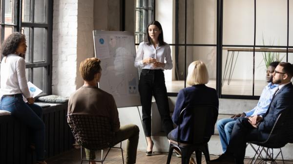 Entrevistas de trabajo en grupo: ejemplos y dinámicas - Qué podemos observar en dinámicas de grupo para entrevistas de trabajo