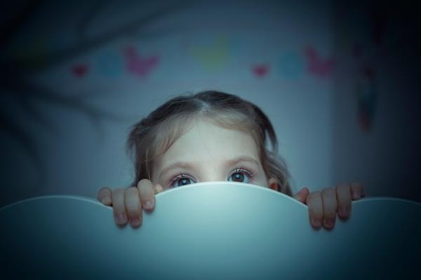 Miedo a la oscuridad en niños: causas y tratamiento
