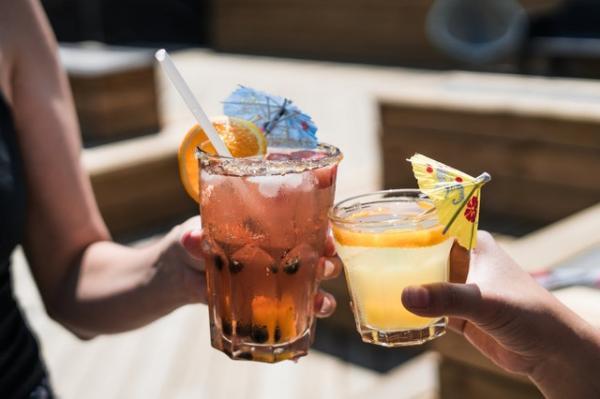 Por qué no me acuerdo de nada cuando bebo - Lagunas mentales por tomar alcohol: ¿por qué suceden?