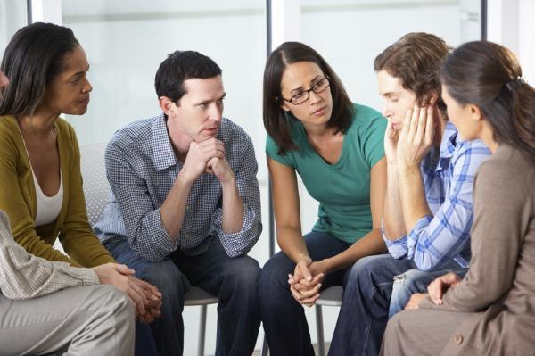 Orientaciones a familiares y pasos terapéuticos para ayudar al alcohólico - Cómo ayudar a un alcohólico: apoyar la sobriedad