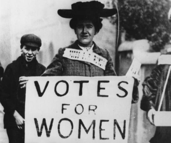 NWO INFORMATIVOS - Página 2 La_segunda_ola_del_feminismo_y_las_sufragistas_1870_1940_4306_3_600