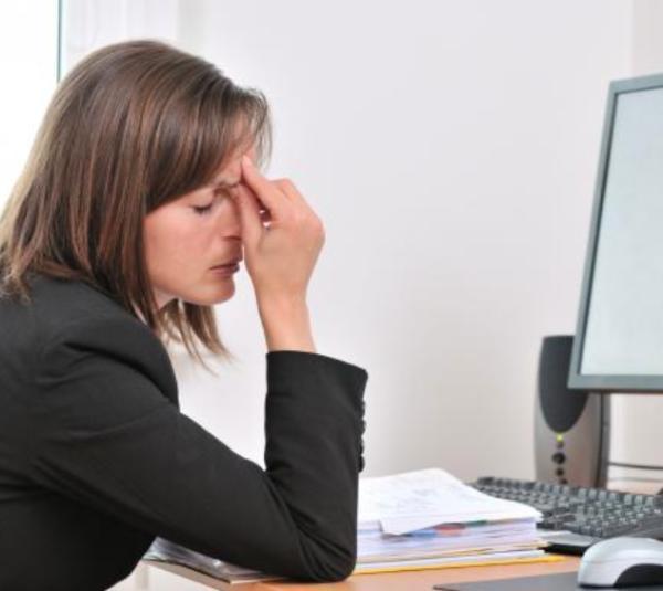 Definiciones de estrés laboral según autores