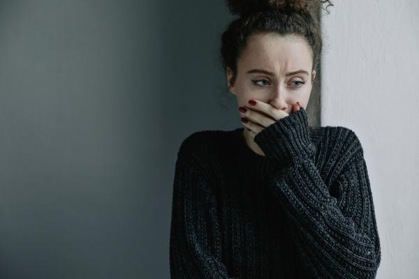 Emetofobia: qué es, síntomas, causas y tratamiento