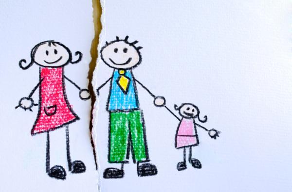 Mi hijo no acepta a mi pareja: ¿qué hago?