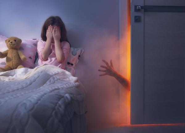 Mi hijo tiene miedo a dormir solo: ¿qué hago? - Miedo a dormir solo según la edad