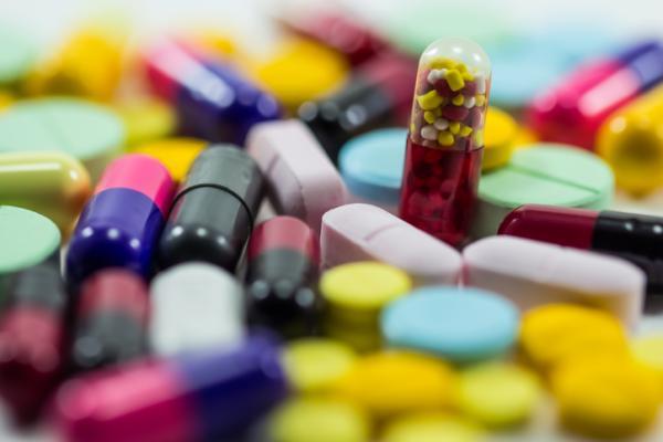 Lorazepam para dormir: para qué sirve, dosis y efectos secundarios