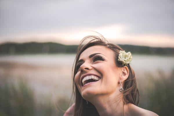 Cómo reírse de uno mismo - Aprende a perdonarte