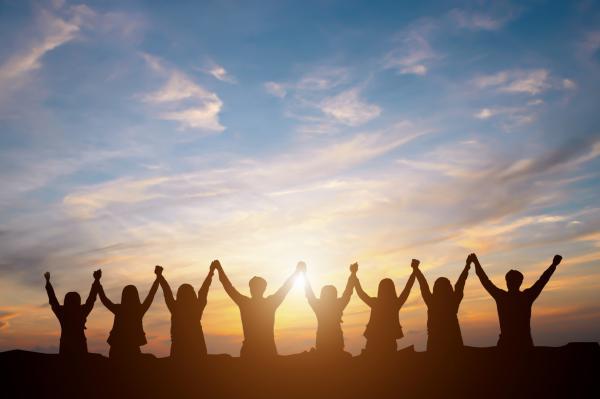 Cómo ser más extrovertido - ¿Cómo ser más extrovertido y sociable? - 7 consejos prácticos