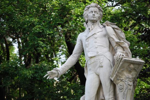 El Sindrome de Gilles de la Tourette (o trastorno por tics) - El caso de Mozart