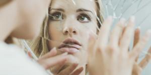 Dismorfia corporal: qué es, causas, síntomas y tratamiento