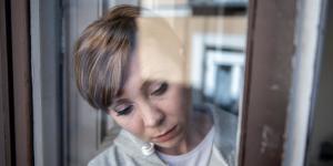 Crisis de ausencia en adultos: síntomas y consecuencias