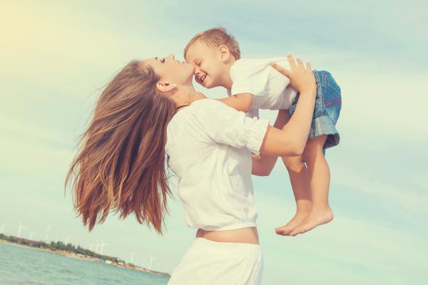 El apego: el vínculo especial madre - hijo