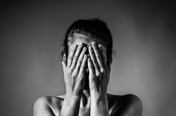Síndrome de la mujer maltratada: qué es y síntomas