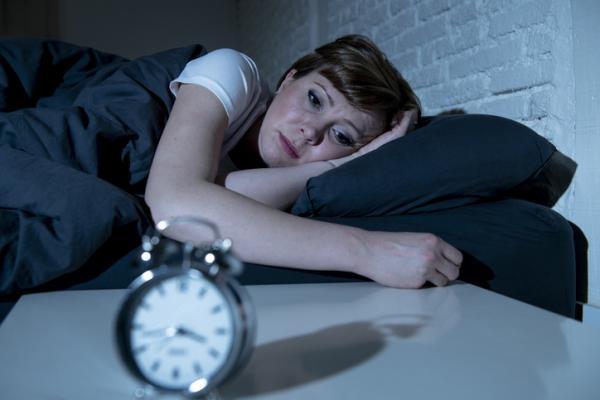 ¿Qué hacer cuando no puedes dormir por nervios?