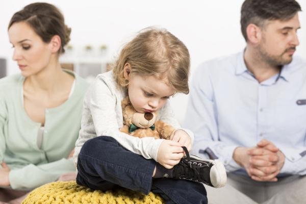 Hijos de padres separados: ¿tiene consecuencias? - Hijos de padres separados: comportamiento y emociones