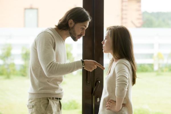 Meu namorado me trata mal, o que devo fazer?