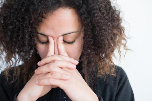 Como ajudar alguém com ansiedade generalizada (TAG) - A diferença entre preocupações normais e transtorno de ansiedade generalizada