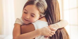 O poder do abraço e seus benefícios psicológicos